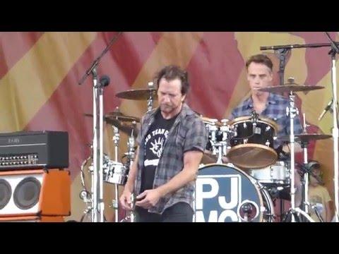 Pearl Jam - Sirens (Jazz Fest 04.23.16) HD