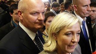L'assistente di Marine Le Pen indagata per truffa e abuso d'ufficio
