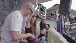 2 fans push the button with Above  Beyond at Beachclub