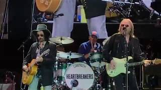 "Tom Petty and The Heartbrakers @ Wrigley Field ""Rockin' Around With You"" June 29, 2017"