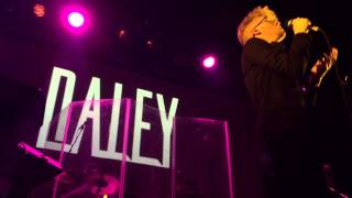 Daley - Blame The World (live)