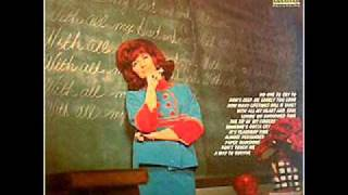 Dottie West-No One To Cry Too