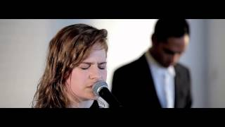 Christine and The Queens - Nuit 17 A 52 - Deezer Session