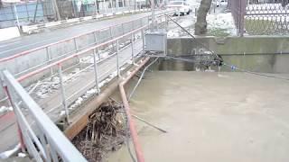 В Анапе из-за непогоды поднялся уровень рек до опасных отметок