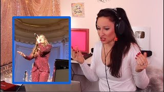 Vocal Coach Reacts - Idina Menzel - Into The Unknown (LIVE)!!