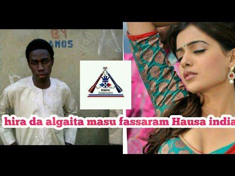 Hira da algaita masu fassaran Hausa india
