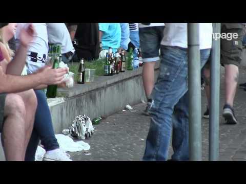 Cura di alcolismo di una yucca