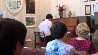 А. Большаков «Крестный ход». Исп. Иван Юров (концерт в Доме книги)