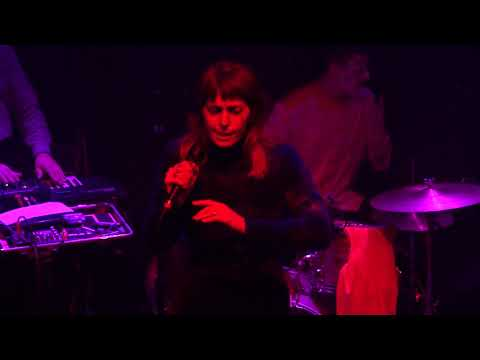 U.S. Girls - 28 Days (Johnny Brenda's) Philadelphia,Pa 10.31.17