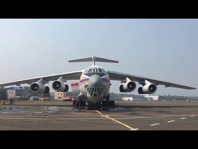 Тысяча спасателей, сотни единиц транспорта и воздушные суда