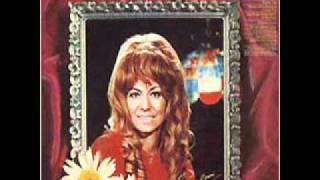 Dottie West - Who Put the Leaving In Your Eyes