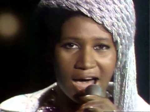 , title : 'Aretha Franklin - I Say A Little Prayer: her very best performance!'