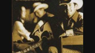 Aaron Watson - I Dont Want You To Go (But I Need You To Leave)