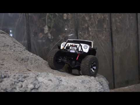 RC Adventures! Action!  Crawler On Very Cool Parcour