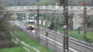 preview picture of video 'Straßenbahn Karlsruhe AVG bei Malsch auf DB-Gleisen aus einem Baum'