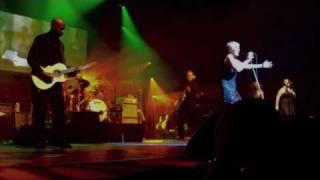 Annie Lennox WAITING IN VAIN (live 11/2007)