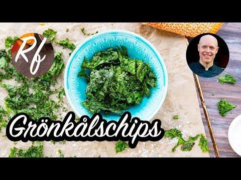 Grönkål som du torkar i ugnen med olivolja och salt blir knapriga och goda som chips.>
