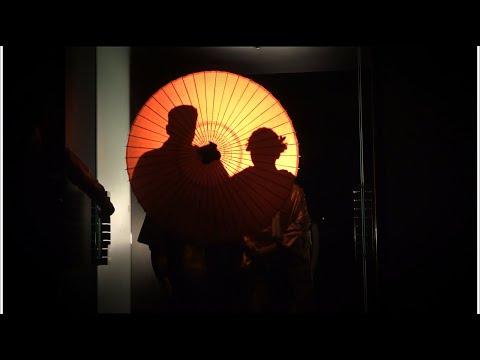 ゲストの前で誓う人前式★番傘を使ったパーティー演出がオシャレ♪