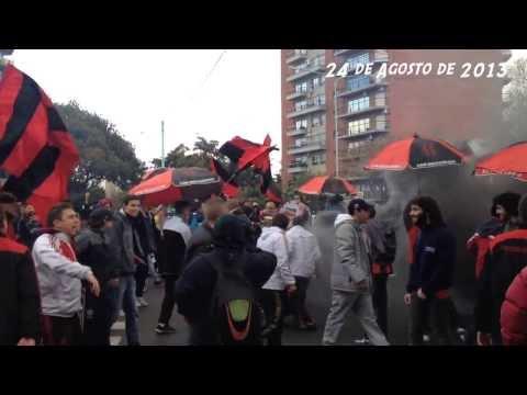 """Defe - Platense"" Barra: La Barra del Dragón • Club: Defensores de Belgrano"