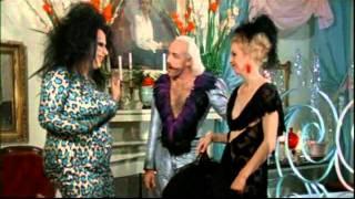 Female trouble (1974) John Waters , dance in the street scene