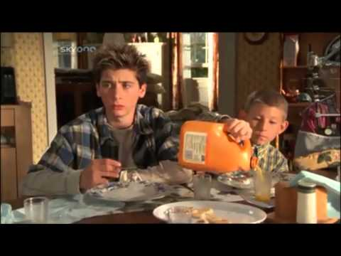 Malcolm in the middle - Orange Juice Paradox