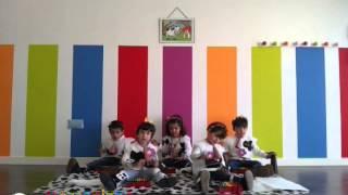 Valentina y la flor - Grupo de alumnos de Musizón 2 - Escuela de música  Mezzopiano
