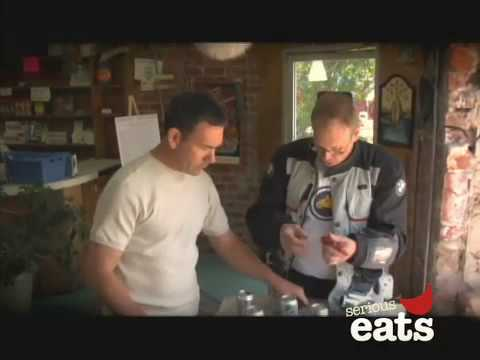 Chewing the Fat: Alton Brown on Eating with Strangers
