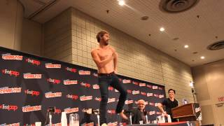 Paul Amos Hungry like the Wolf Dance at NYCC 2013
