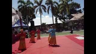 preview picture of video 'tari piring SMA 2 Pariaman'