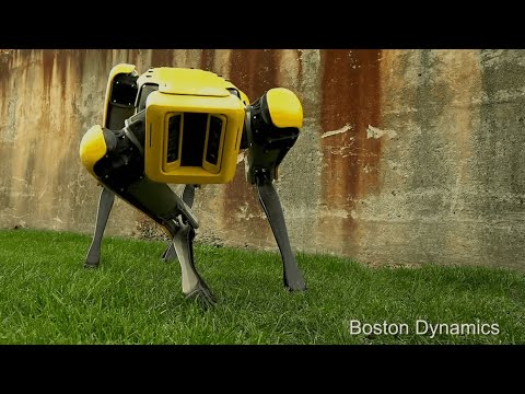 SpotMini: headless robotic dog makes eerie entrance