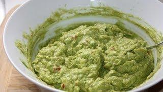 Zaboca Choka (avocado dip).