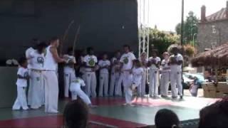 preview picture of video 'Roda de Capoeira Foire Corbeil 04/09/10 - Partie1'