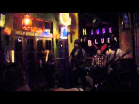April Ventura & The Magnolias - Blaster