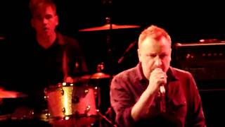 [HD] Peter Hook - Interzone (Joy Division Cover - Live in Paris, March 10th, 2011).MTS