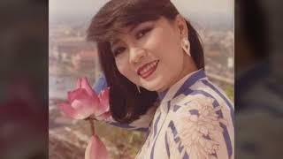 Jinlge Bell _ Tiếng Chuông Ngân ☆ Cs Cẩm Vân Saigon Audio 1989 ☆ VND 29/05/2018 .