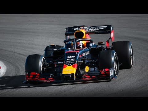 Formula 1 (F1) Pre-Season Tests 2019: Day 1 - Ferrari SF90, Mercedes W10, Red Bull RB15, Alfa C38..