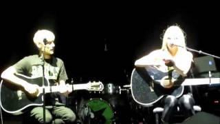 The Best Years of Our Lives Ending - Avril Lavigne & Evan Taubenfeld - Winnipeg, MB - Oct 14, 2011