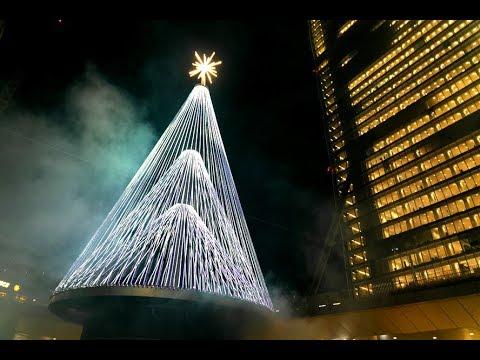 A Milano il primo albero di Natale con intelligenza artificiale