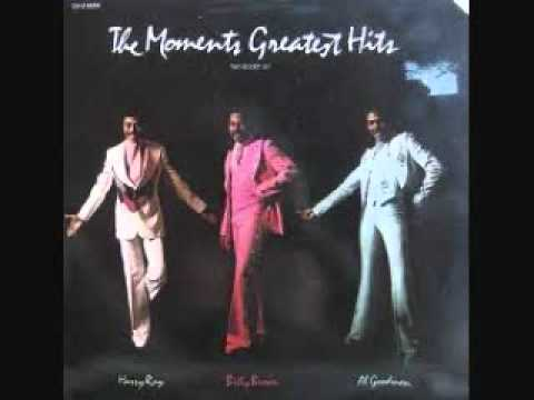 LOVE ON A TWO-WAY STREET  / THE MOMENTS