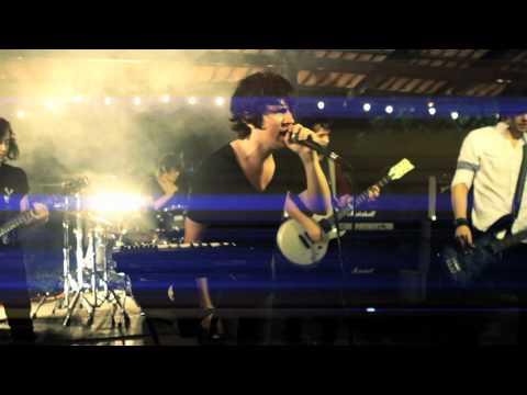 Fabula Sarcastica - Amor + Alucinogenos (VIDEO OFICIAL)