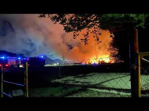 Hatalmas lángok Szombathelyen