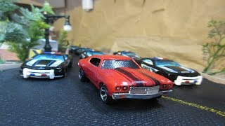 Hot Wheels Police Chase 15