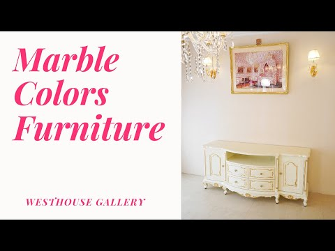大理石模様に塗装したエレガントで美しいロココ調スタイルのサイドボード