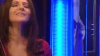 Aynur Haşhaş - Kirpiklerin Ok Eyle