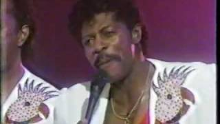 The Temptations - Touch Me (LIVE! 1985)