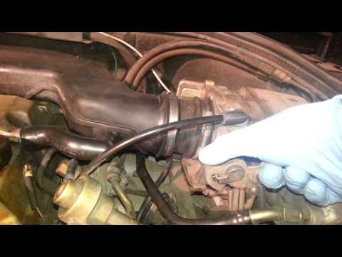 Der Aluminiumtank für das Benzin