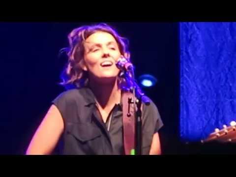 "Grammy Winner Brandi Carlile ""The Joke"" Live on the Beach @ Sea.Hear.Now Festival 2018"