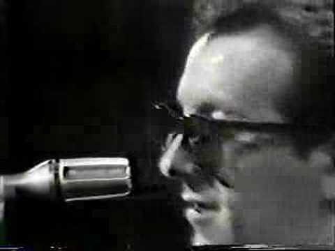 , title : 'Elvis Costello - Watch Your Step - 1981'