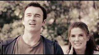 """""""Przeczucie """"film fab- opowiada o losach Lindy, wiernej żony, która od lat prowadzi szczęśliwe małżeństwo ze swoim mężem Jimem. Niespodziewanie, kobieta dowiaduje się, że jej mąż tragicznie zmarł w wypadku…"""