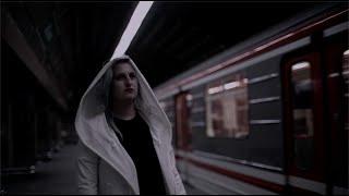 Video MANU: - Hotel na náměstí (Official Music Video)
